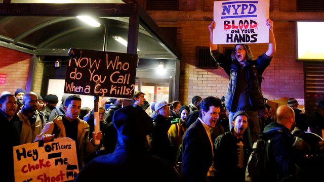 Les manifestations se poursuivent aux Etats-Unis. [AP Photo/Jason DeCrow - Keystone]