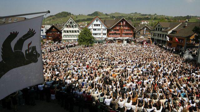 Landsgemeinde à Appenzell le 29 avril 2007. [Alessandro Della Bella - Keystone]