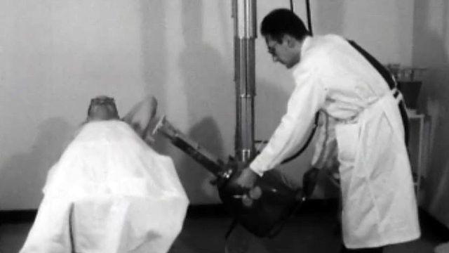 Une nouvelle méthode en médecine: le traitement radioactif.