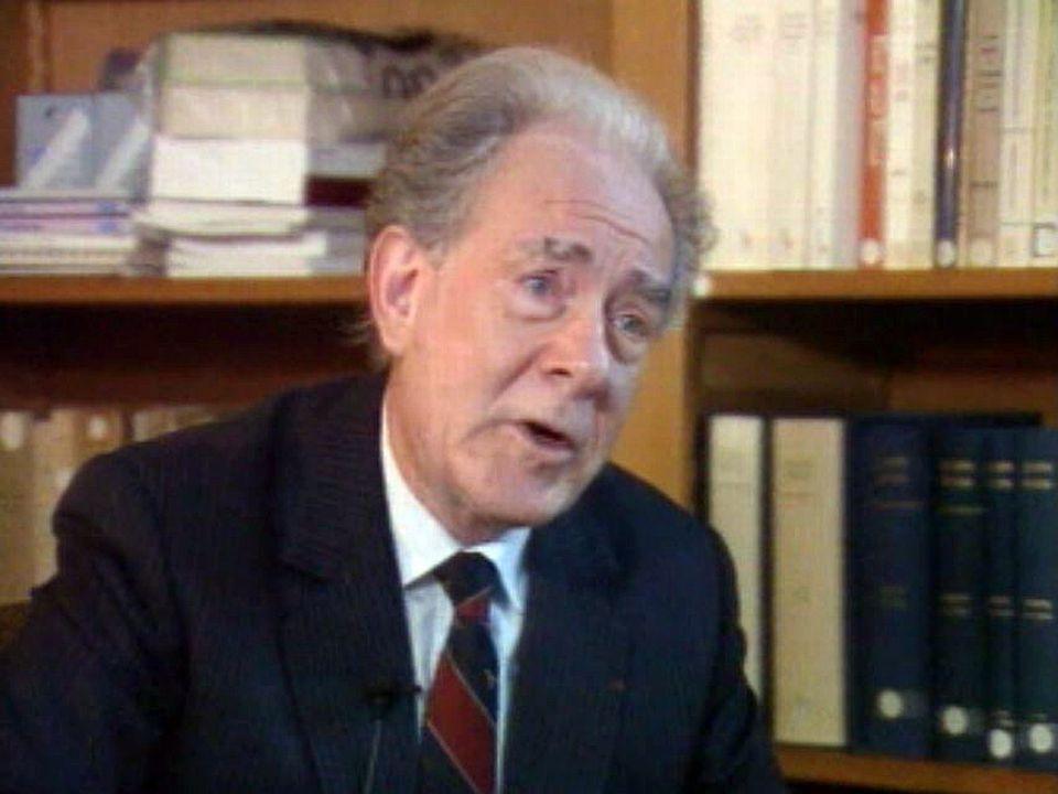 Entretien avec le professeur au Collège de France, Jean Delumeau.