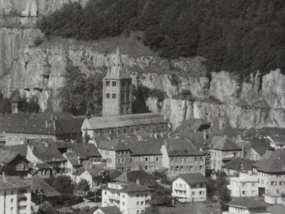 Quelques étapes importantes de l'Abbaye de Saint-Maurice. [RTS/ Capture d'écran]