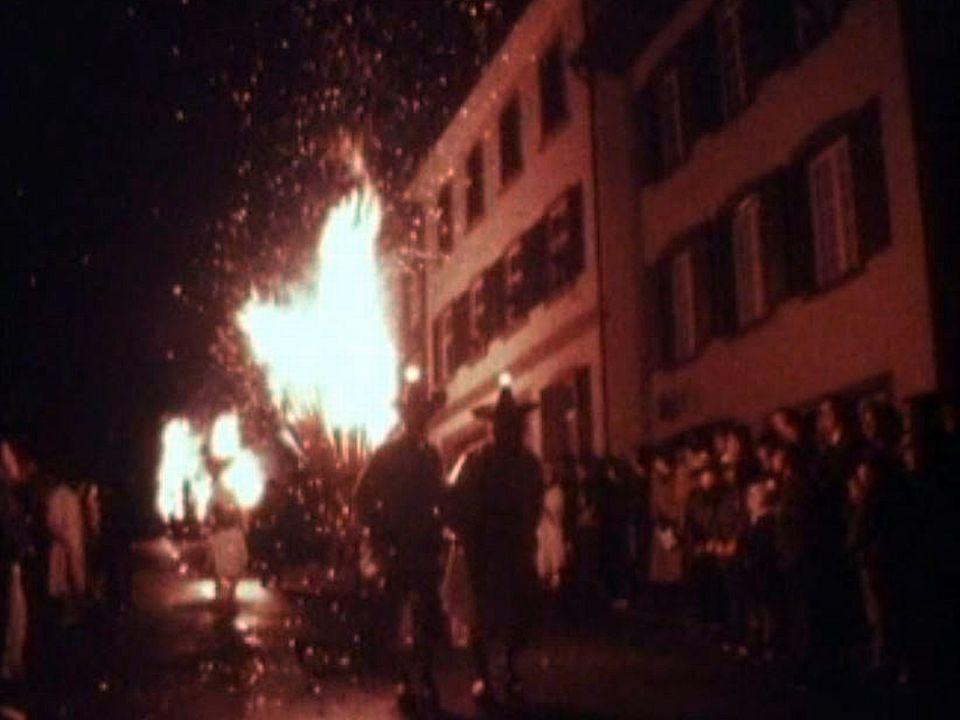 Passage obligé par le célèbre carnaval de Bâle.
