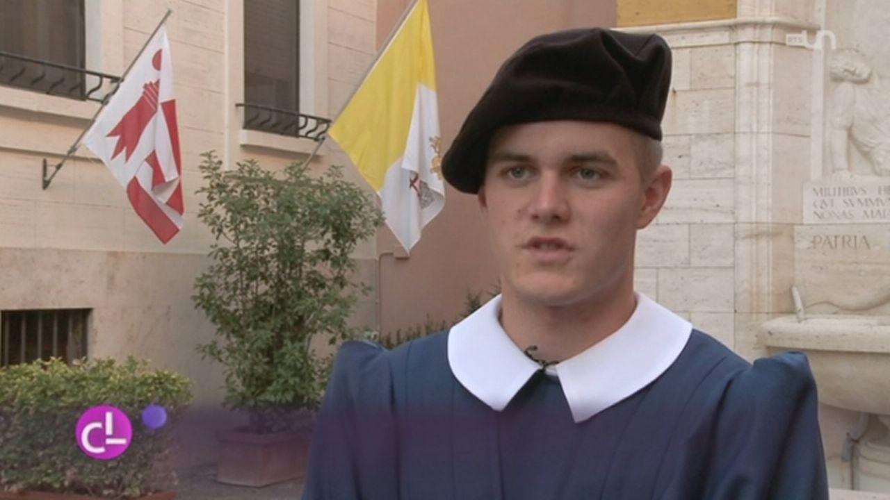 Faire partie de la plus petite armée du monde est le rêve de beaucoup de jeunes [RTS]