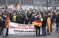 Manifestation contre l'islamisation à Hannovre, le 15.11.2014. [Odd Andersen - AFP]
