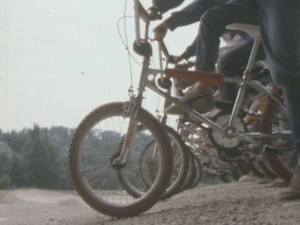 Départ d'une course de bicross en 1984. [RTS]