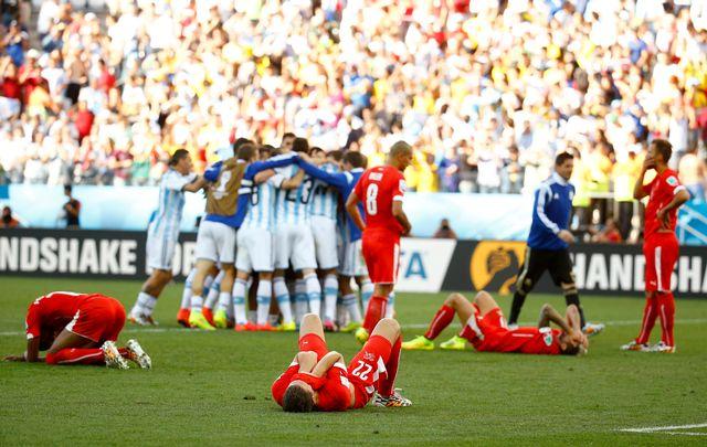 Le parcours de l'équipe de Suisse prend fin en 8es de finale face à l'Argentine après un combat dantesque conclu en prolongations (1-0, but de Di Maria à la 118e). [Kai Pfaffenbach]