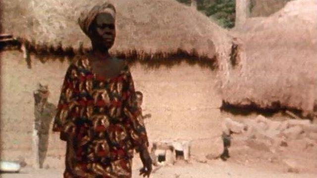 Le rituel des morts est conduit par les femmes Gouros. [RTS]