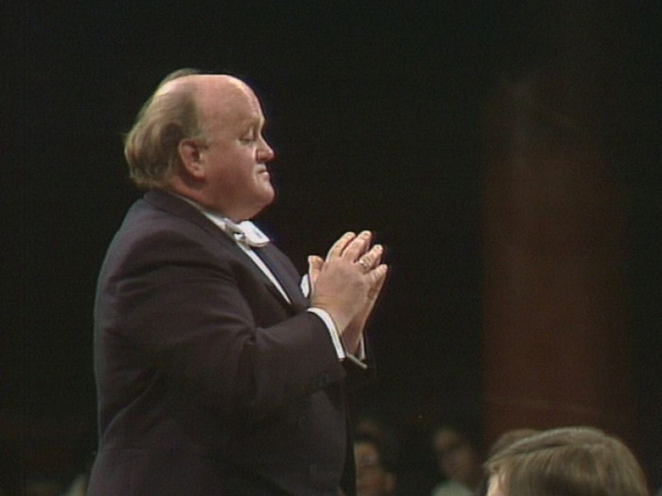 Horst Stein dirige l'OSR lors du 100e anniversaire d'E. Ansermet. [RTS]