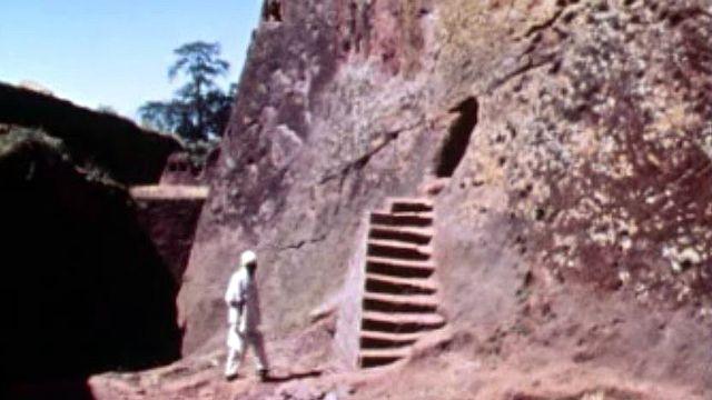 Les chrétiens d'Ethiopie ont creusé leurs sanctuaires dans la roche.