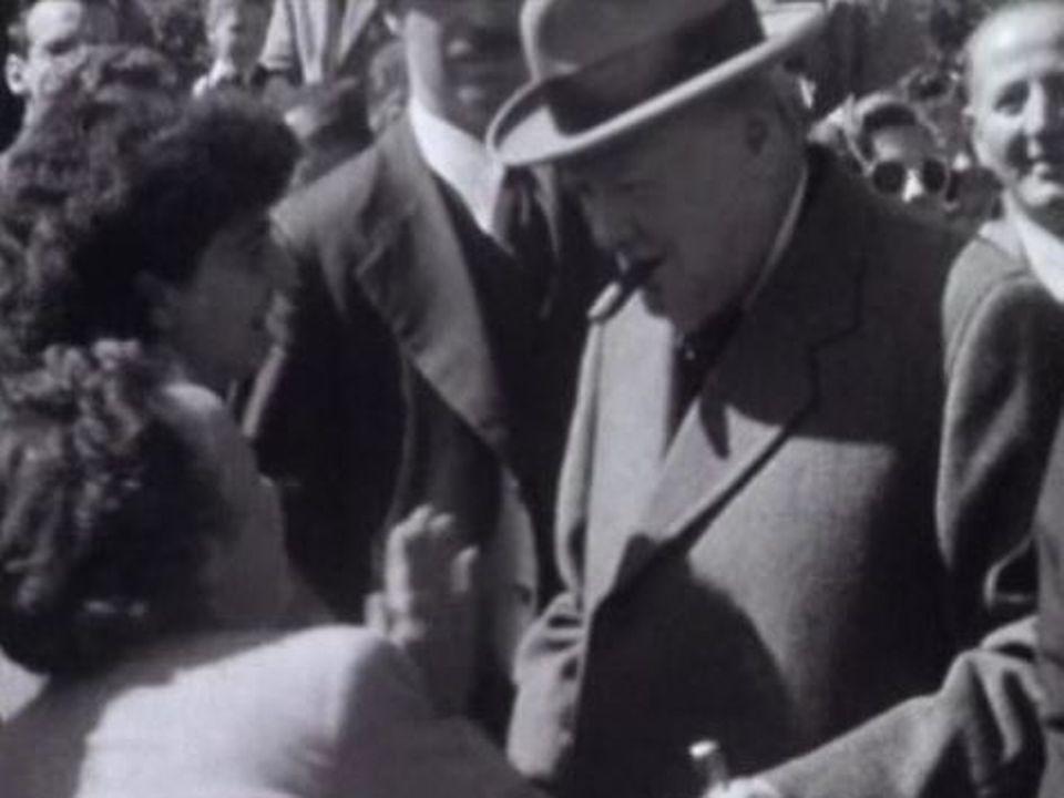 Churchill en visite dans le canton de Vaud en 1946. [RTS]