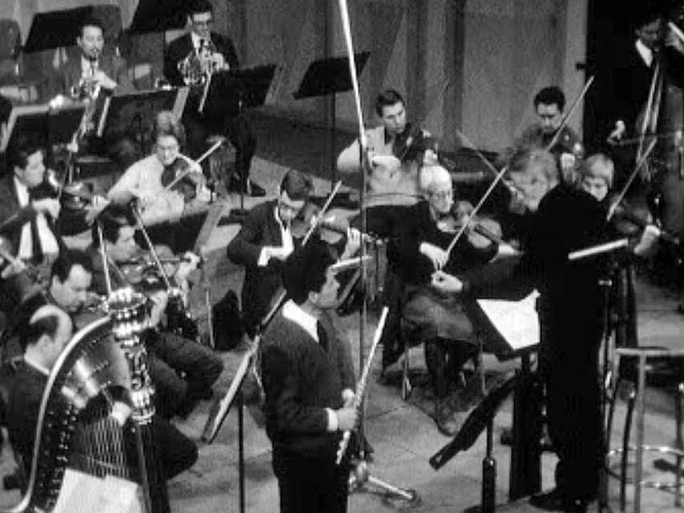 Desarzens dirige un concerto pour flûte et harpe de Mozart avec l'OCL.