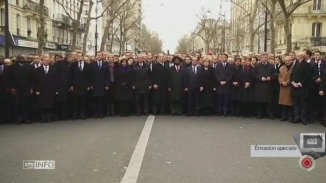 Image historique de 49 dirigeants réunis à Paris [RTS]