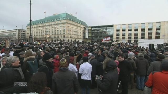 Manifestations contre le terrorisme dans toute l'Europe [RTS]