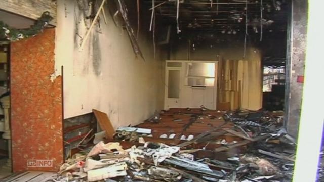 Dégâts après le bombardement de l'aéroport de Donetsk [RTS]