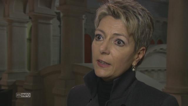 Réaction de Karin Keller-Sutter (PLR-SG) à l'abandon du taux plancher [RTS]