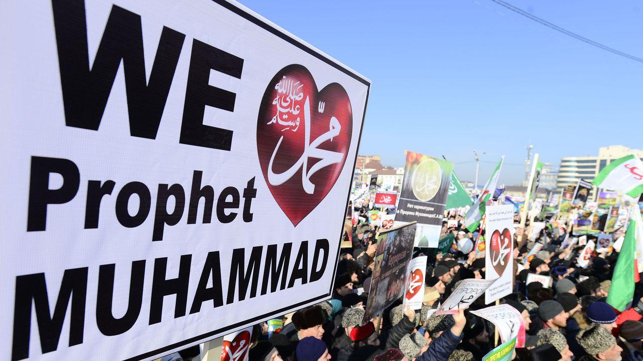 Une foule immense a répondu à l'appel du président tchétchène Ramzan Kadyrov. [Sefa Karacan / Anadolu Agency - AFP]