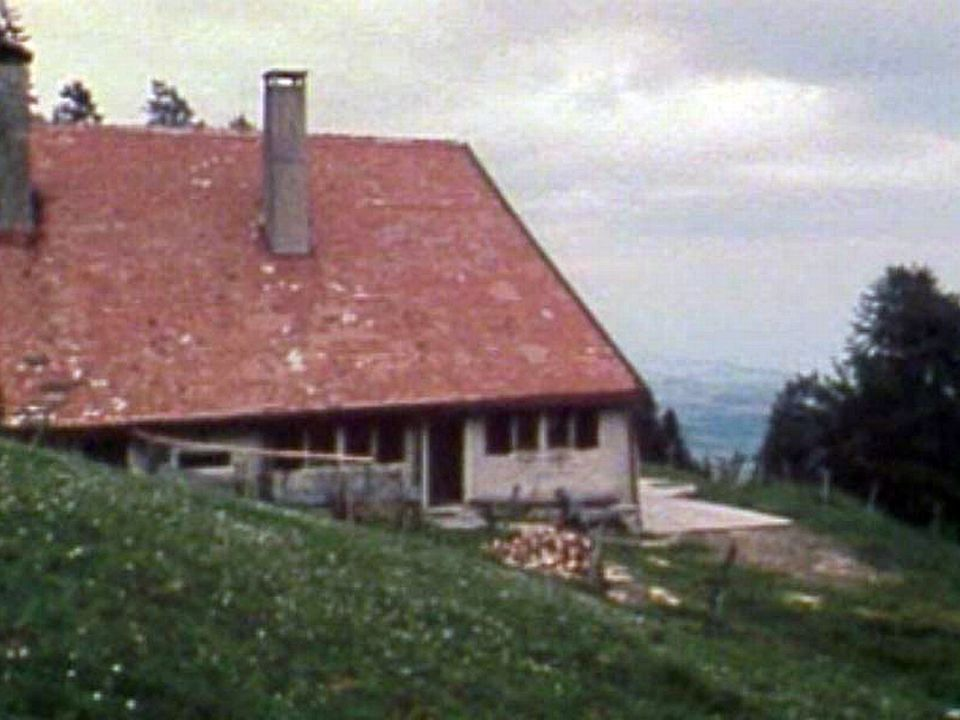 La fabrication du fromage d'alpage répond à une longue tradition.