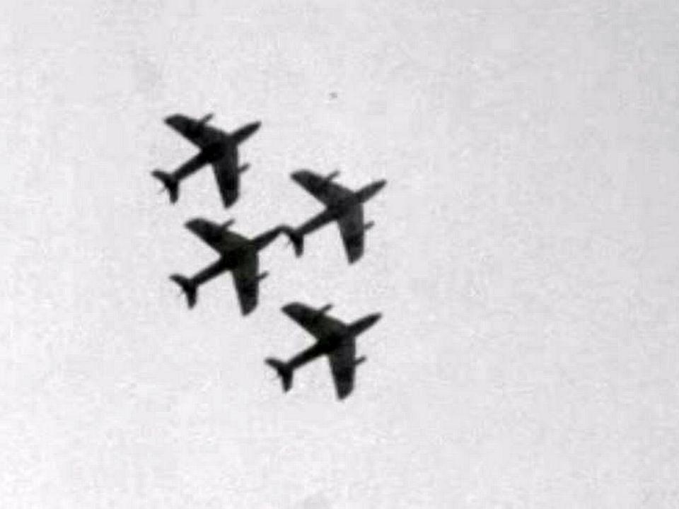 Démonstration des troupes d'aviation dans la rade de Genève.