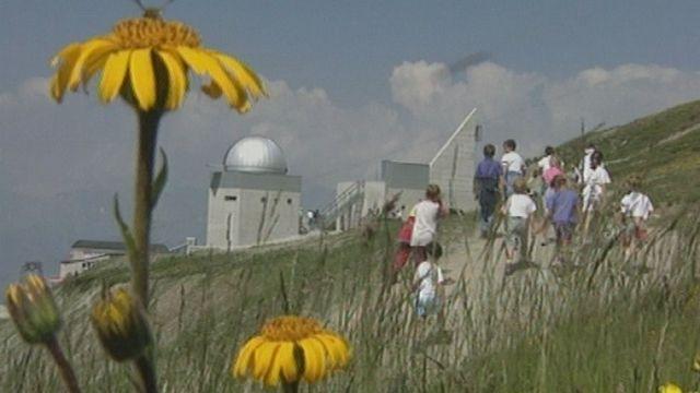 L'observatoire astronomique de Saint-Luc en Valais en 1995. [RTS]