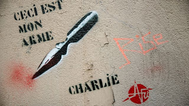 Un graffiti lié au mouvement de solidarité avec les victimes de l'attaque du journal satirique Charlie Hebdo. [Denis Prezat - AFP]