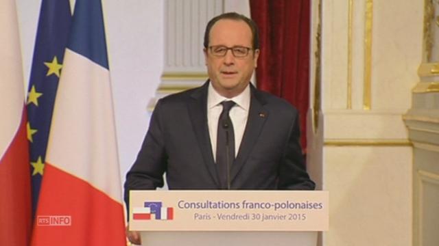 François Hollande parle de la situation en Ukraine [RTS]