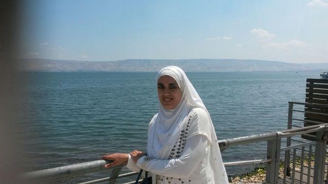 Amina Elaian Talibi a été la première élève de Suisse à faire parler d'elle à cause de son voile. [Amina Elaian Talibi]