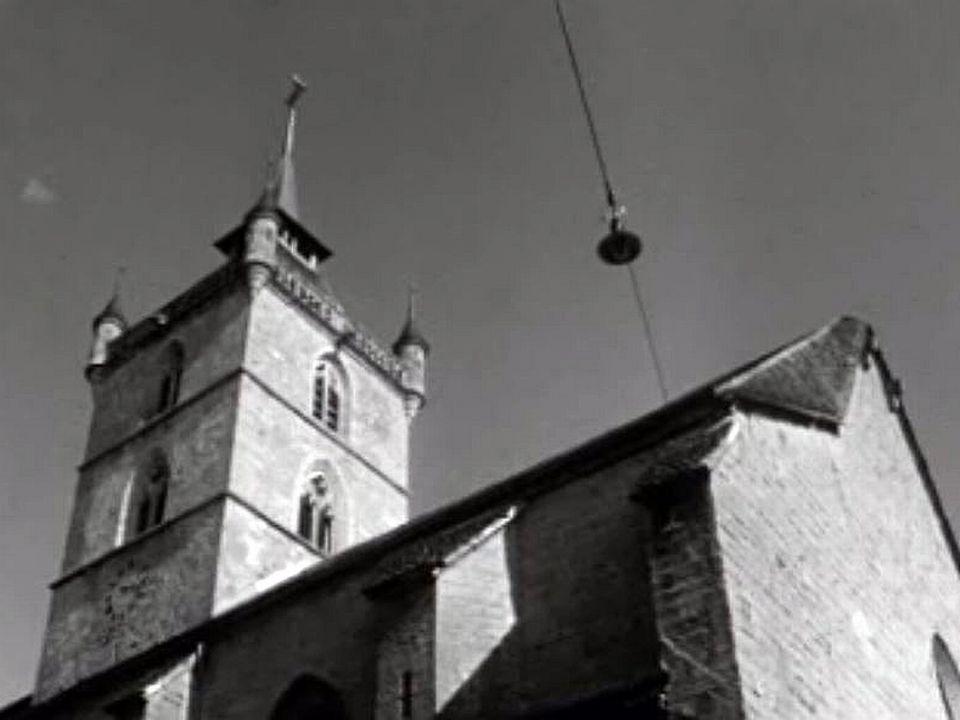 Une promenade en images dans le village d'Estavayer-le-Lac.