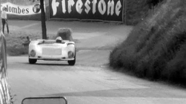 De nombreux spectateurs pour la course de côte automobile Ollon- Villars.