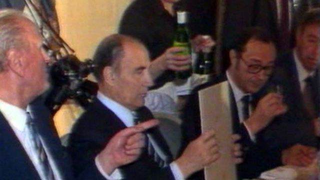 Un dessert à l'absinthe pour François Mitterrand à Neuchâtel.