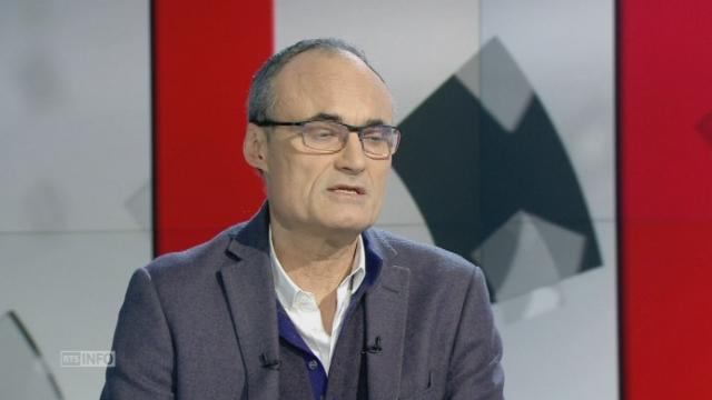 """Philippe Val: """"Je me demande comment Charlie Hebdo va survivre"""" [RTS]"""