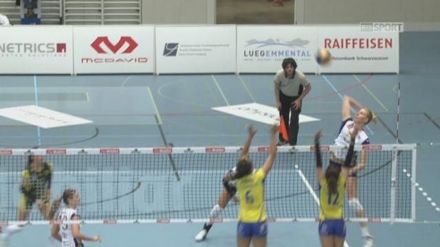 Volley Köniz - Volero Zürich (0-2): après avoir mené de 5 points en début de set, Köniz concède la 2e manche 22-25 [RTS]