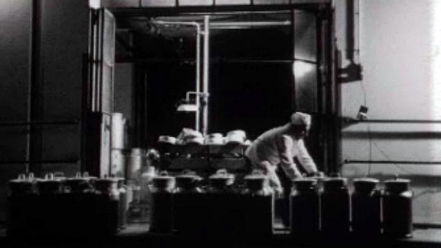 Boulangers, typographes, chauffeurs... ils travaillent la nuit.