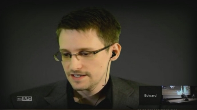 Edward Snowden favorable à l'idée de trouver refuge en Suisse