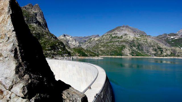 Le barrage d'Emosson, près de Finhaut. [Jean-Christophe Bott - Keystone]