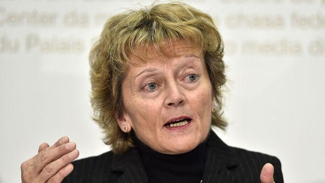 C'est Eveline Widmer-Schlumpf qui défend le projet de taxe écologique incitative. [Peter Schneider - Keystone]