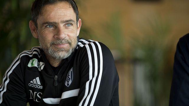 Marco Simone, entraîneur du Lausanne Sport, le 20 janvier 2015. [Anthony Anex - Keystone]