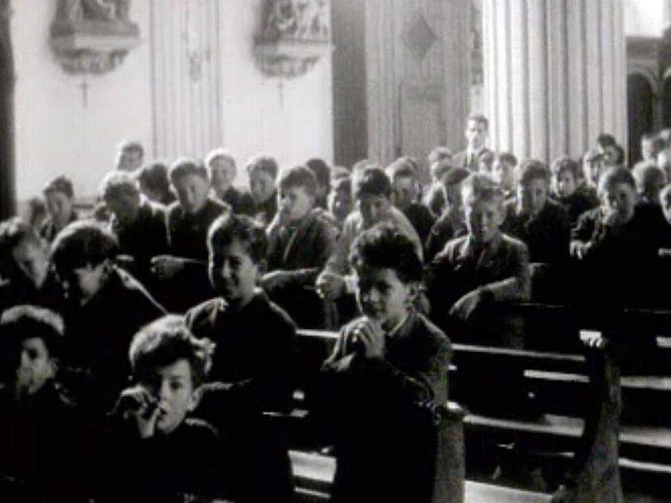 C'est la messe de Pentecôte à l'église de Belfaux.