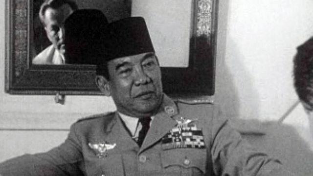 Interview du président indonésien peu avant sa chute.