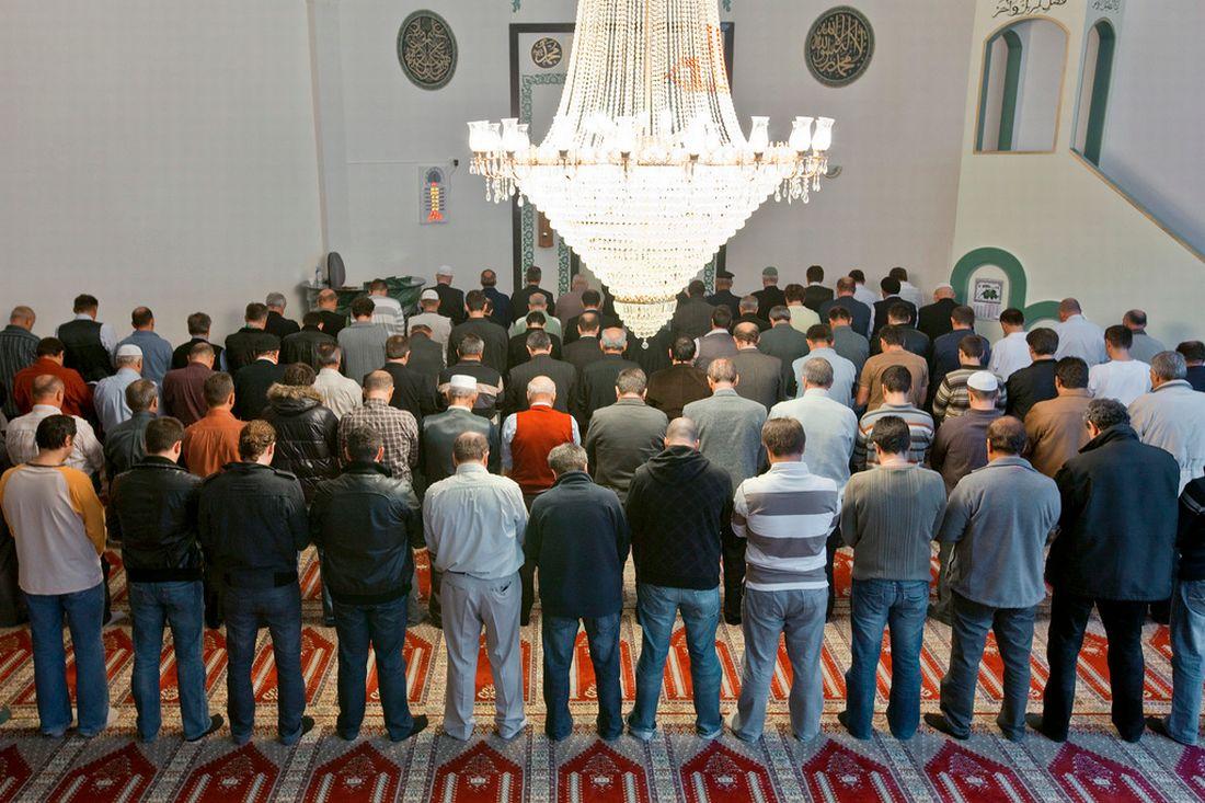 En Suisse, les musulmans se marient de plus en plus fréquemment entre eux.