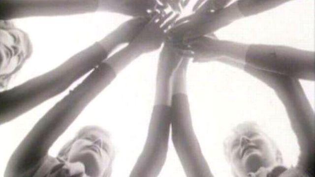 Danseuses des ballets G.A. Gremaud de Fribourg, 1965. [RTS]