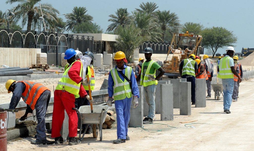 La coupe des ouvriers l 39 op ration de comm 39 du mondial - Qatar football coupe du monde ...