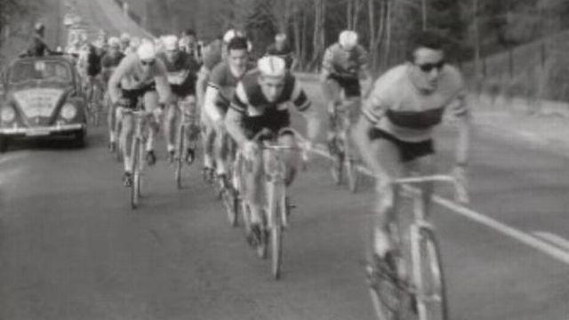 Cyclistes lors de la 72ème édition du Tour du Léman. [RTS]