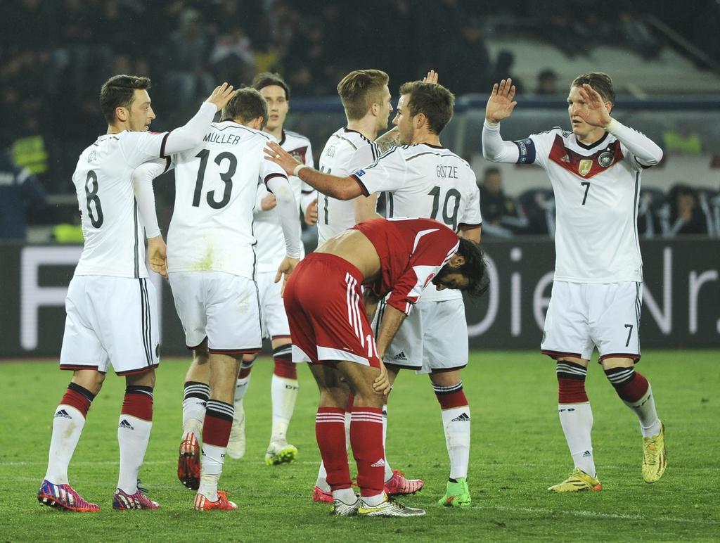Foot l 39 allemagne retrouve son jeu et de l 39 allant coupe du monde fifa 2014 - Jeu de foot coupe du monde 2014 ...
