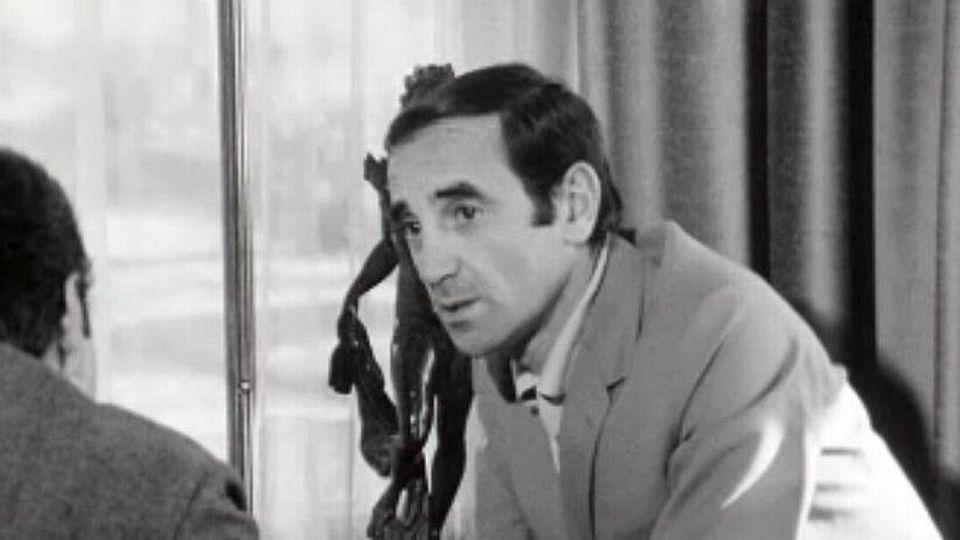 Charles Aznavour chante pour la TSR: il te faudra bien.