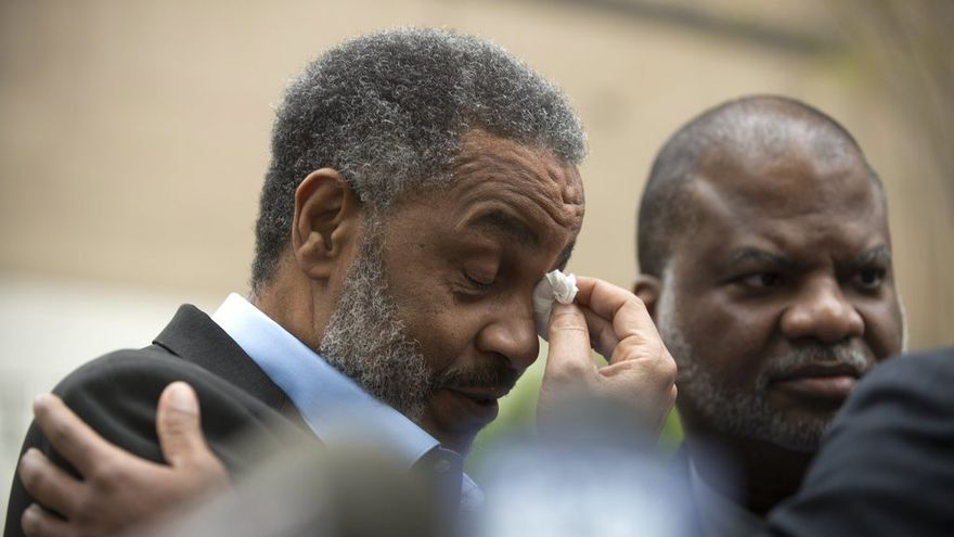 """La condamnation d'Anthony Ray Hinton était """"un cas d'école en matière d'injustice"""", selon son avocat."""
