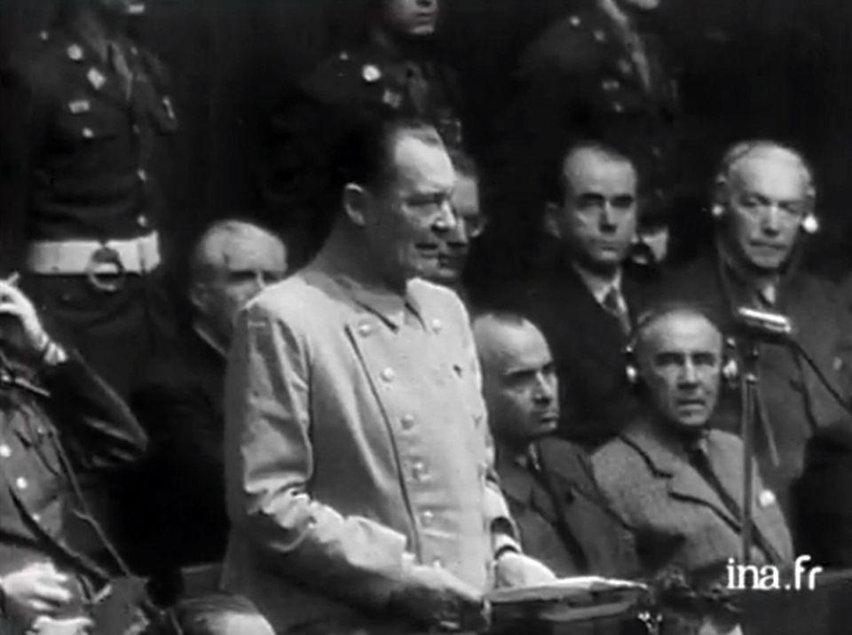 Hermann Goering plaide non-coupable au procès de Nuremberg. [INA]