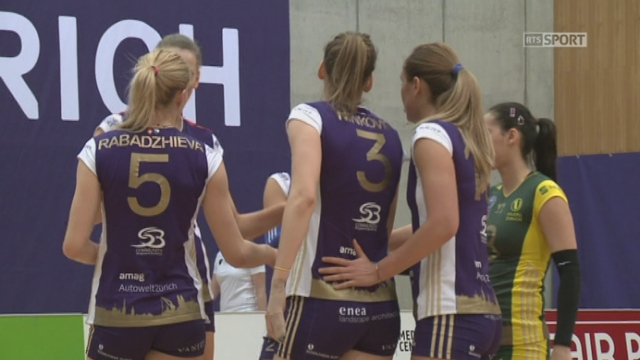 Finale, match 1: Volero Zürich - Volley Köniz (1-0): les Zurichoises remportent aisément le premier set 25-14 [RTS]