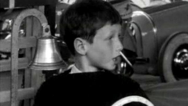 Fête foraine à la Chaux de Fonds, 1963 [RTS]
