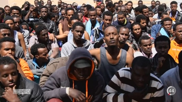Ce naufrage révèle l'ampleur du trafic humain extrêmement organisé qui se cache derrière la tragédie [RTS]