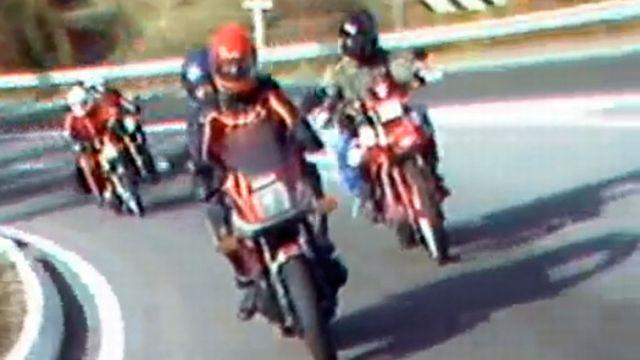 Un club officiel de motards est une solution pour les jeunes.